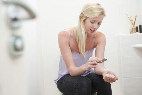 Samookaleczające się nastolatki - jak rozwiązać ten problem?