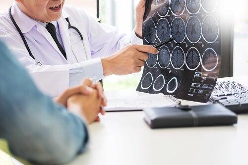 Zdjęcia tomografii mózgu