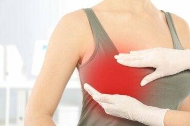 Ból piersi po zabiegu chirurgicznym