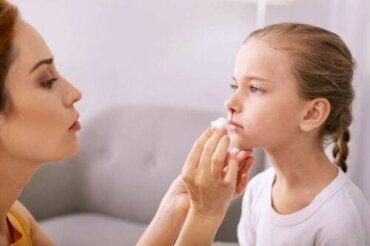 Krwawienie z nosa u dziecka: jak sobie z nim radzić?