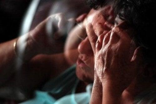 Nadmiar kortyzolu powstaje pod wpływem stresu