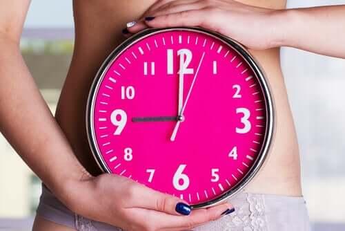 Różowy zegar