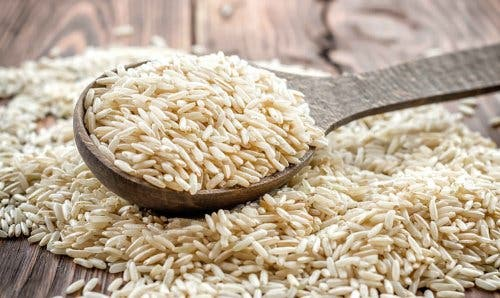 Ryż brązowy - sałatka z brązowego ryżu