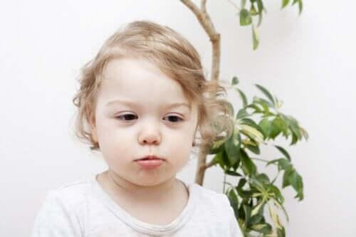 Łysienie u dzieci: typy i przyczyny