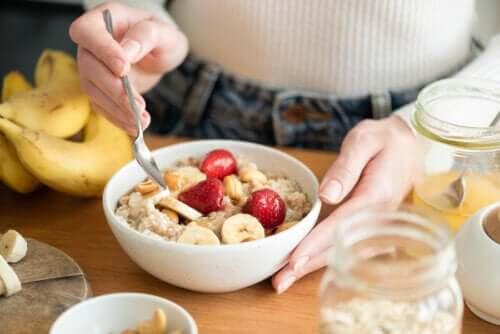 Śniadanie węglowodanowe: czy ma zalety?