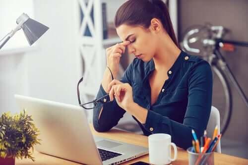 Praca jest dla wielu źródłem codziennego stresu.