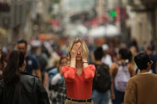 Agorafobia - co to jest i jak się objawia?