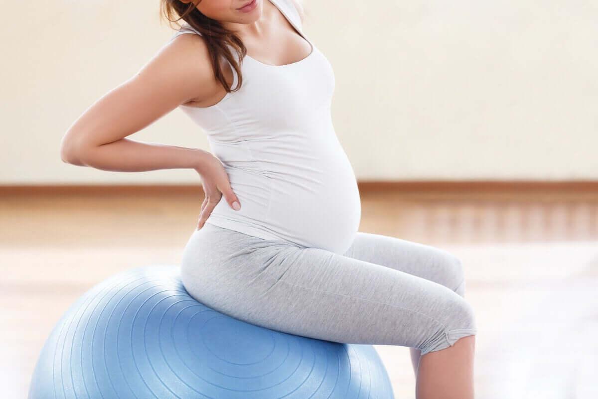 Odpowiednie ćwiczenia rozciągają mięśnie i więzadła.