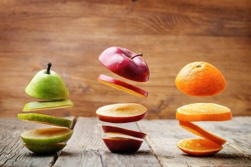 Owoce w plasterkach