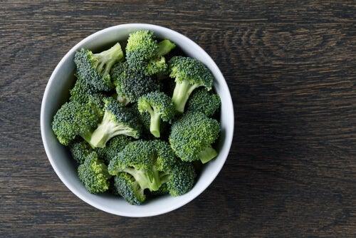 Kawałki brokułów