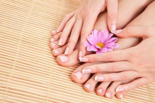Zakażenie skóry wokół paznokci - naturalne środki