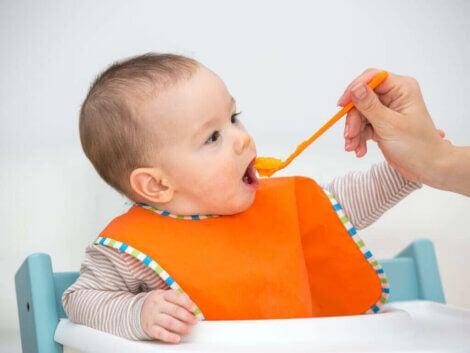 Karmienie niemowląt