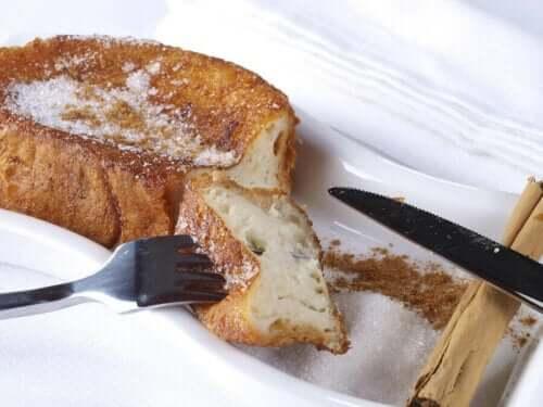 Pyszne wegańskie tosty francuskie bez cukru!