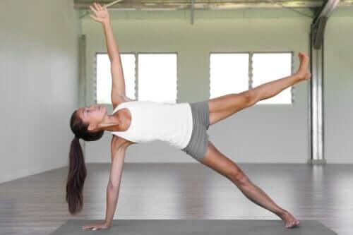 Ćwiczenia pilates na poziomie zaawansowanym