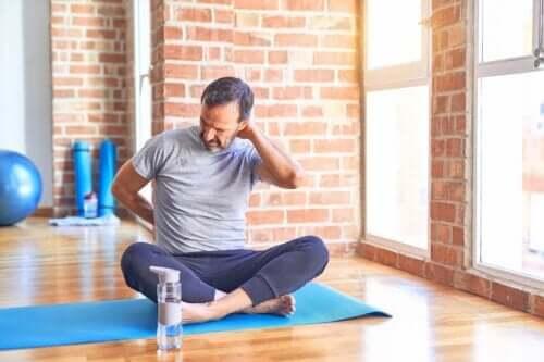 Ćwiczenia niekorzystne przy przepuklinie dysku - unikaj tych 3