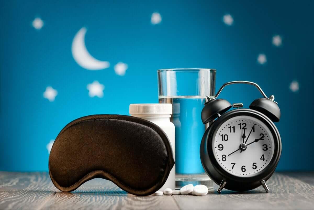 Główną funkcją melatoniny jest regulacja snu.