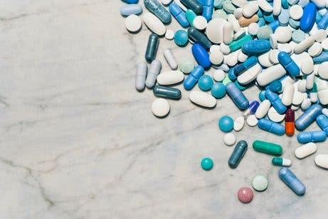 Suplementy w tabletkach na leczenie otyłości