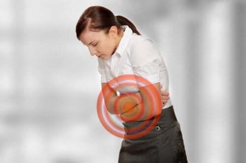 Zioła na wzdęcia: poznaj 4 sposoby na tę dolegliwość