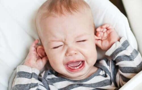 Zapalenie ucha u dziecka: jak ją zwalczyć?