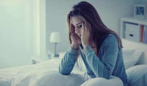 Lęki nocne: objawy, przyczyny i środki terapeutyczne
