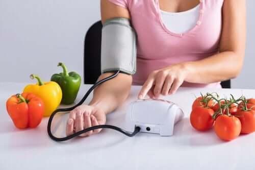 Wysokie ciśnienie krwi - czego nie jeść?