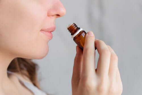 Aromaterapia pomaga złagodzić bóle menstruacyjne?
