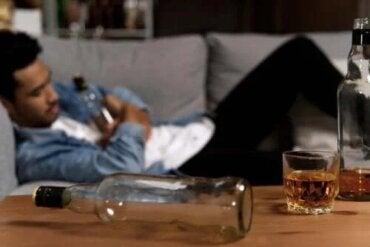 Mój partner jest alkoholikiem – jak mogę mu pomóc?