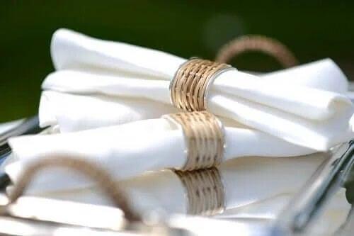 Obrączki na serwetki – sześć pomysłów