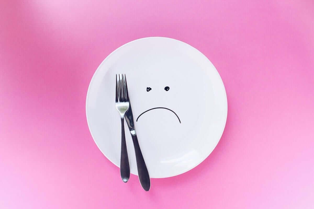 Pusty talerz - jak schudnąć bez restrykcyjnej diety?