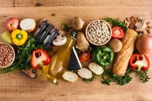 Składniki diety śródziemnomorskiej – 10 najważniejszych produktów