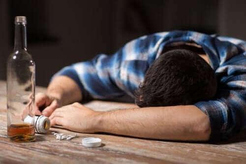 Antydepresanty i alkohol: co wynika z ich łączenia?