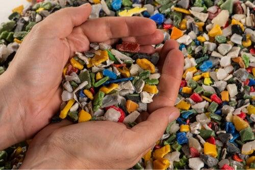 Czas degradacji plastiku jest bardzo długi