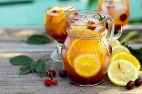 Owocowe koktajle bez alkoholu: 5 przepisów