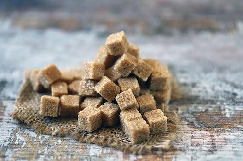 Cukier brązowy