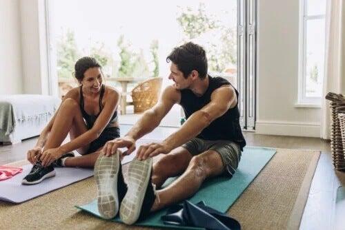 Ćwiczenia izometryczne i izotoniczne: czym się różnią?