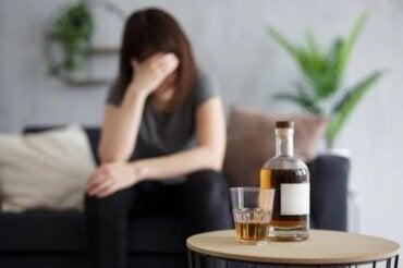 Co się dzieje, gdy pijesz alkohol na pusty żołądek?