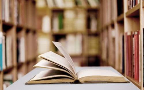 Biblioterapia: charakterystyka i zalety