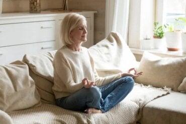 Medytacja: wskazówki, które pomogą Ci ją praktykować