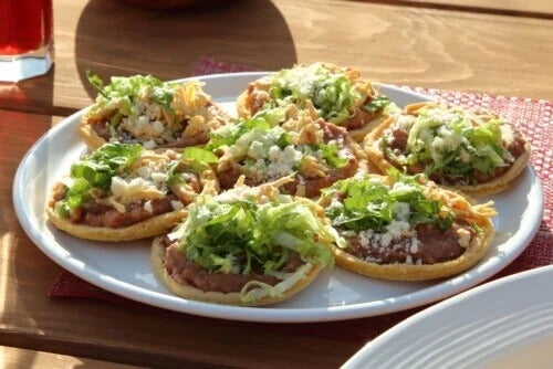 Meksykańskie sopes: przepis krok po kroku