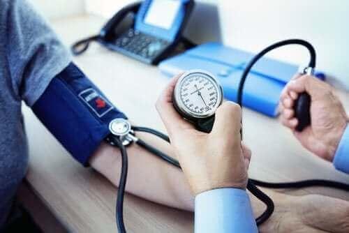 Manidypina w leczeniu wysokiego ciśnienia tętniczego