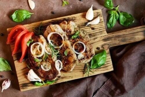 Przepis na pyszny stek z cebulą - poznaj go!