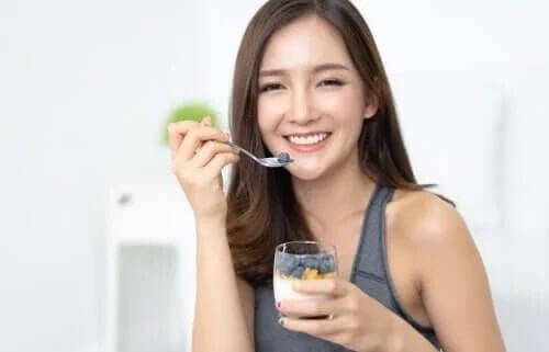 Przepisy na zdrowe przekąski – 5 propozycji