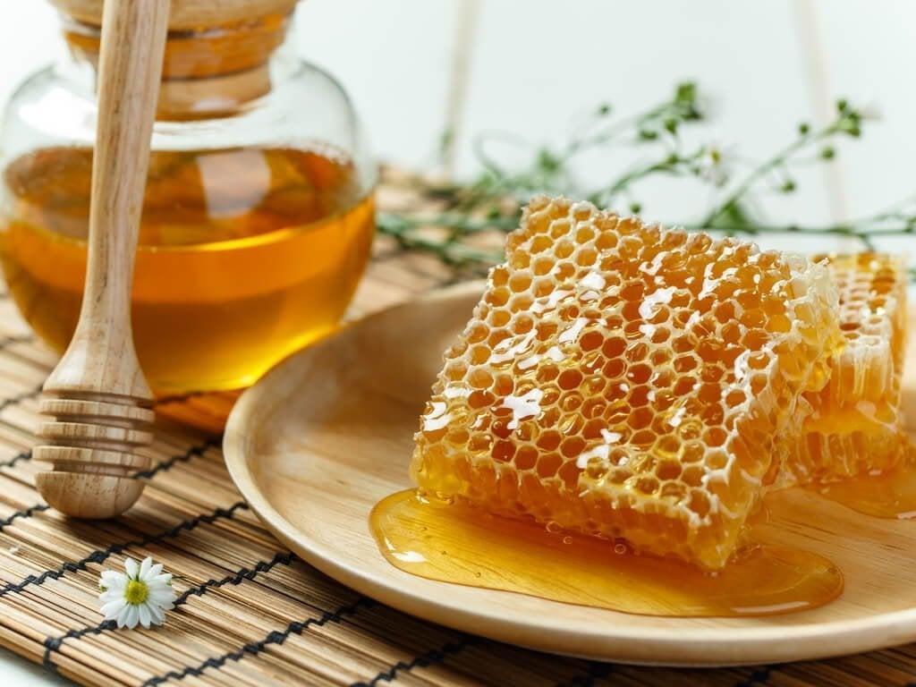Zażyj propolis przy pierwszych objawach przeziębienia i grypy