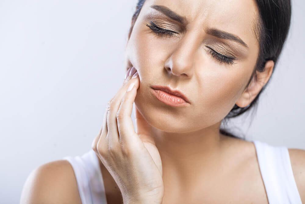 Nieodpowiednia higiena po zabiegu może spowodować komplikacje.
