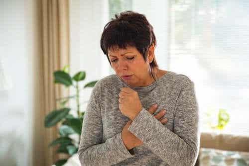 Chroniczny kaszel: objawy, przyczyny i leczenie