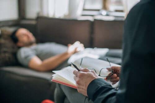Psychoanaliza: czym jest i jak działa?