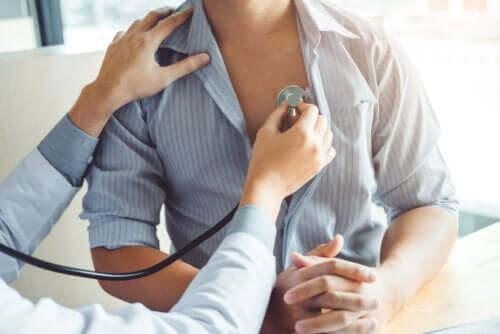 Serce płucne: ryzyko, przyczyny i objawy