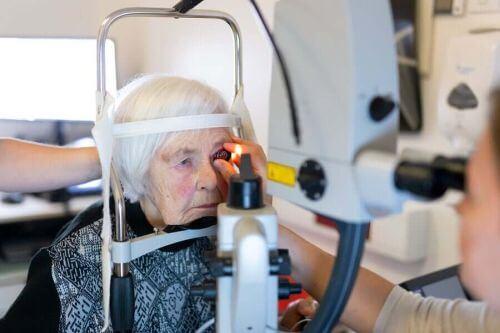Operacja zaćmy laserem femtosekundowym