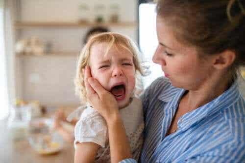 Napady złości u dzieci - jak im zapobiegać i radzić sobie z nimi