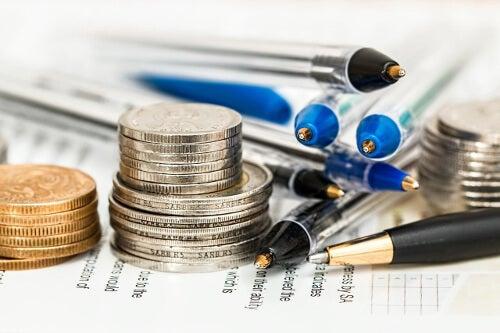 Pieniądze i długopisy